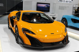 McLaren 570S Coupe by Lumimyrskydawn