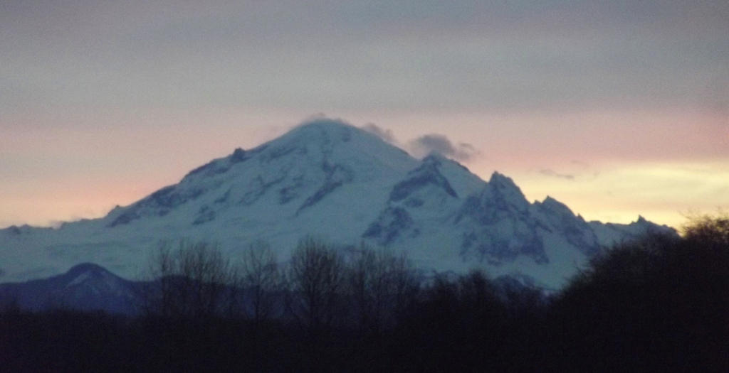 Mt baker morning 12 12 13 007 by skyfiredragon on deviantart for Chair 6 mt baker