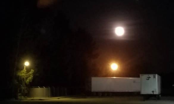 Moon-08Apr2020-S04