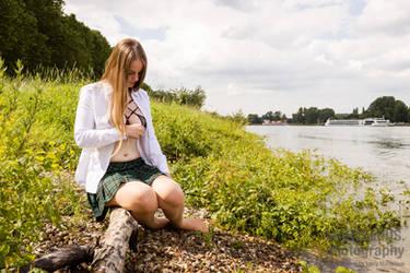 Luana at the Rhine by larrymarvelous