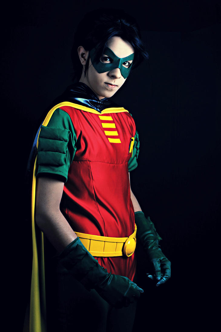 Dear Tim Drake. Or should I say, Robin? by RubenMakenshi