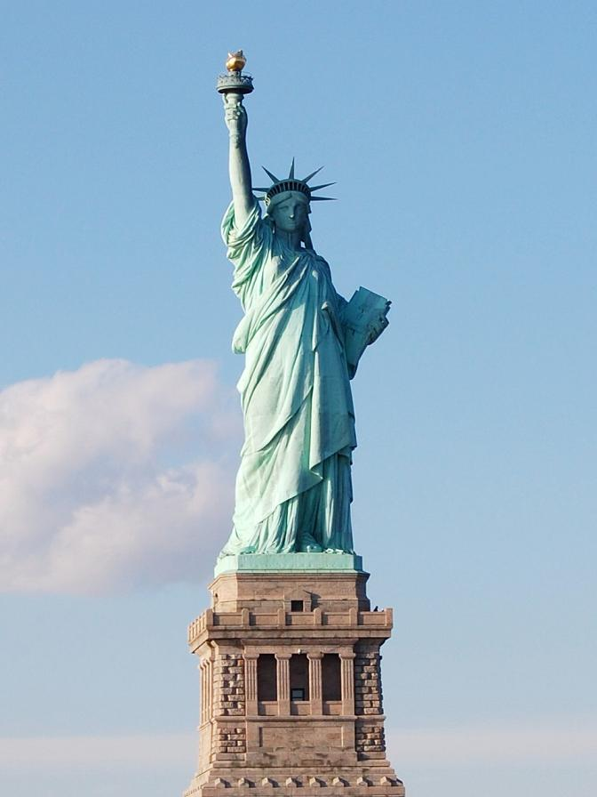 Statue of Liberty by sixsecondsless