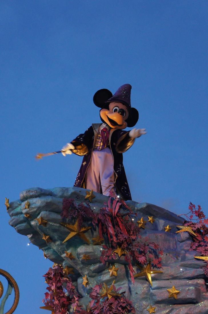 Uncategorized Wizard Mickey wizard mickey from christmas by zefrenchm on deviantart zefrenchm