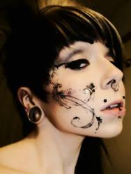 Cosmo: Advant Garde Makeup by LEGENDofLMPF