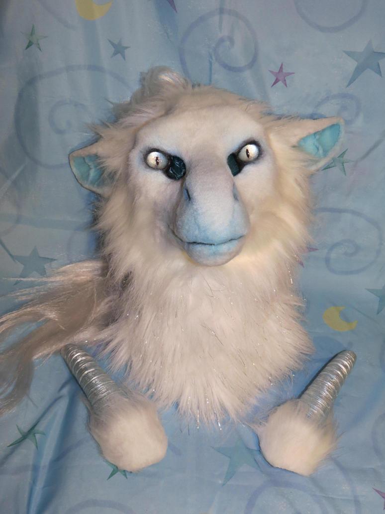 Snow Dragon Head by Dream-finder