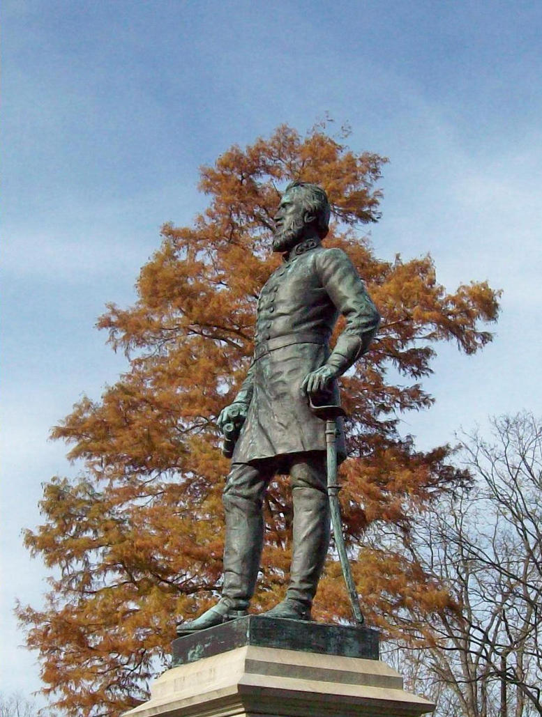 the lee jacksons monument Various monuments and memorials are dedicated to robert e lee and thomas stonewall jackson however, one of the most famous monuments to general lee, a 60-foot (18-meter) statue of his likeness in new orleans , was removed in 2017.