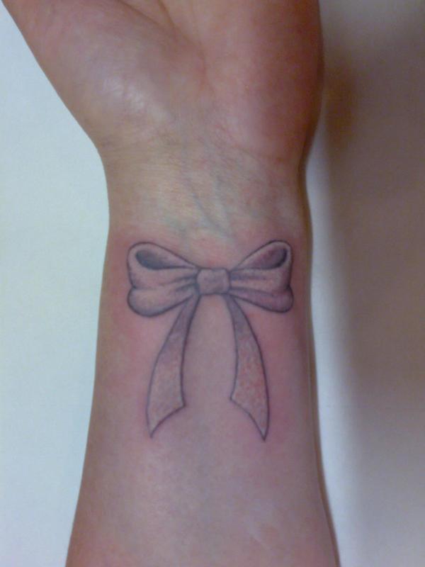 bow tattoos