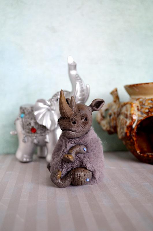 Rhinoceros 001 by Irik77