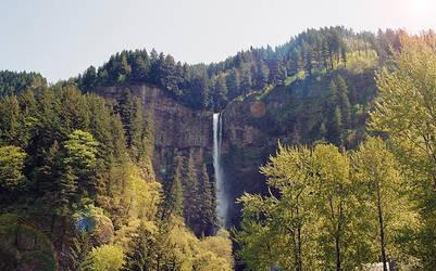 Multnomah falls by mackilvane