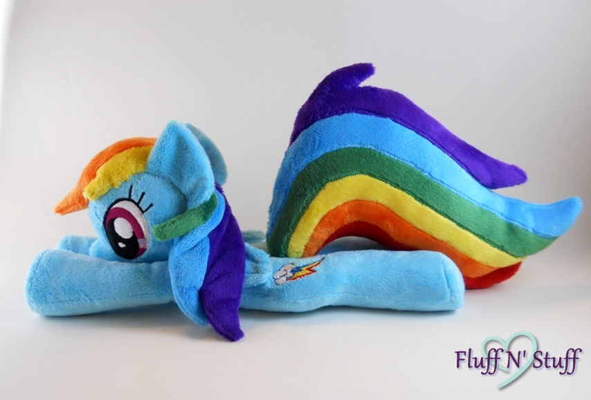 Rainbow Dash by SailorMiniMuffin