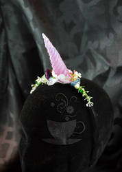 floral unicorn by Tariray