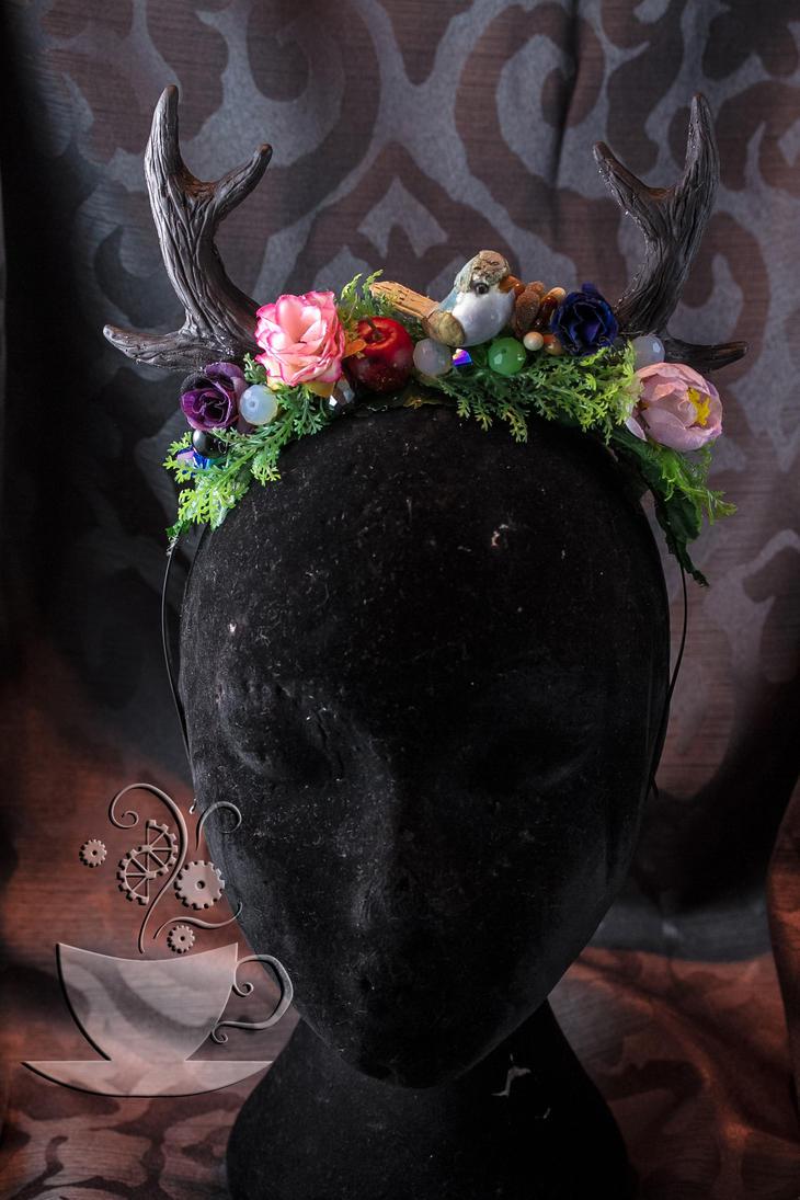 Antler headpiece 2014 edition by Tariray