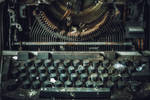 University L - Typewriter