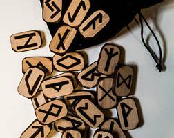Rune by FuocoRupestre