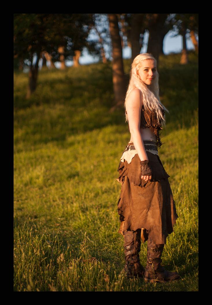 Daenerys Targaryen (my cosplay) by SilverKhaleesi