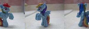 My Little Pony: Glitter Rainbow Dash by heatbish