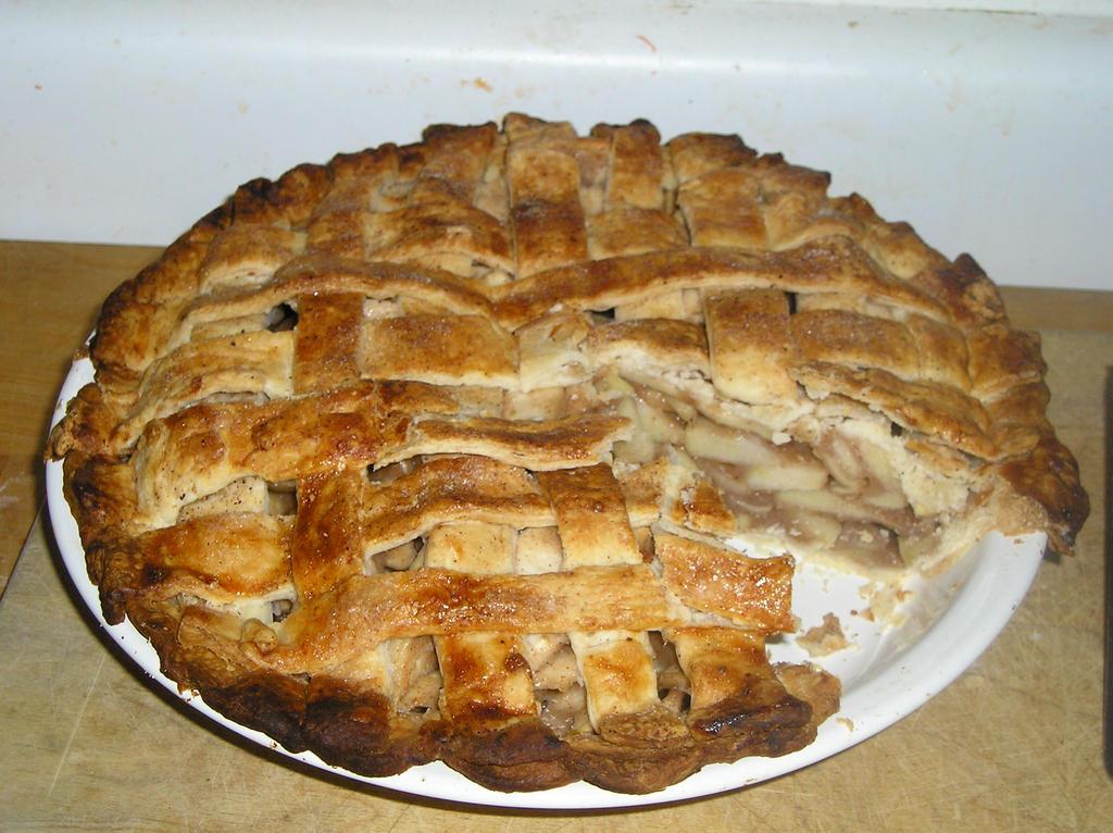 Apple Lattice Pie by Kafae-Latte