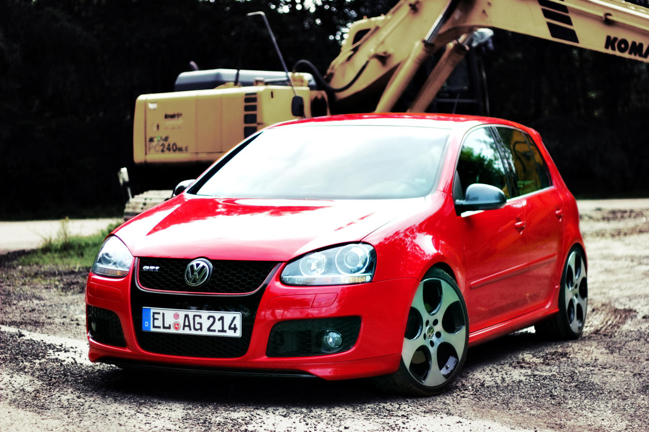 golf 5 gti red images galleries with a bite. Black Bedroom Furniture Sets. Home Design Ideas