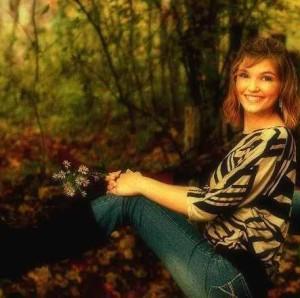 HaleyElaine18's Profile Picture
