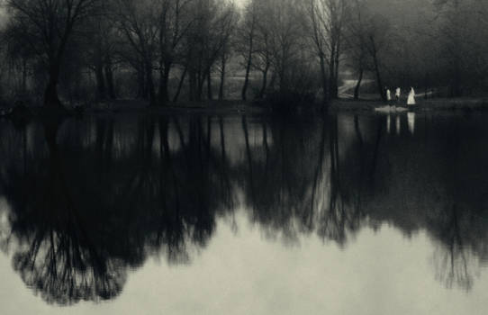 Silence of near water
