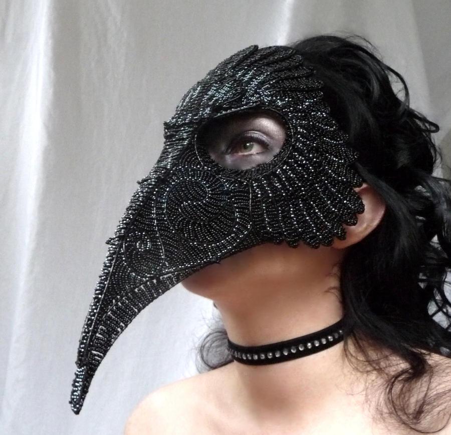Raven masquerade mask by gringrimaceandsqueak