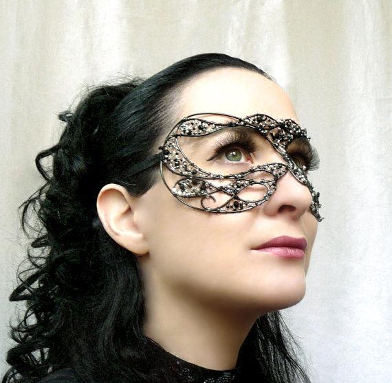 Black and silver masquerade mask by gringrimaceandsqueak