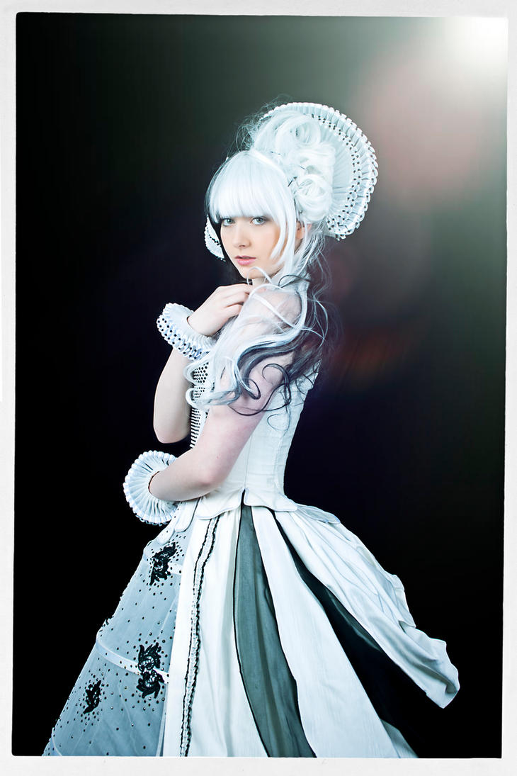 White Queen re-edit 2 by PaulCastleton