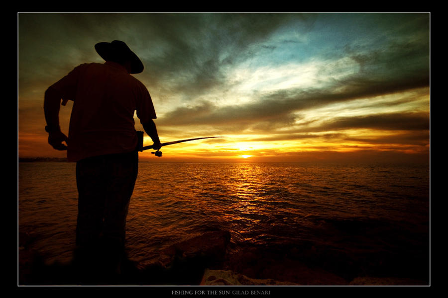 Fishing For The Sun by gilad