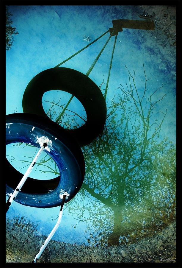 http://fc04.deviantart.net/fs10/i/2006/075/5/9/8_by_gilad.jpg