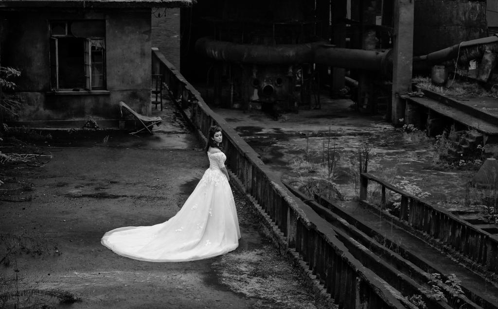 Forgotten bride 2 by zarevo