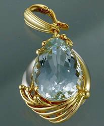 Big-aquamarine-amulet