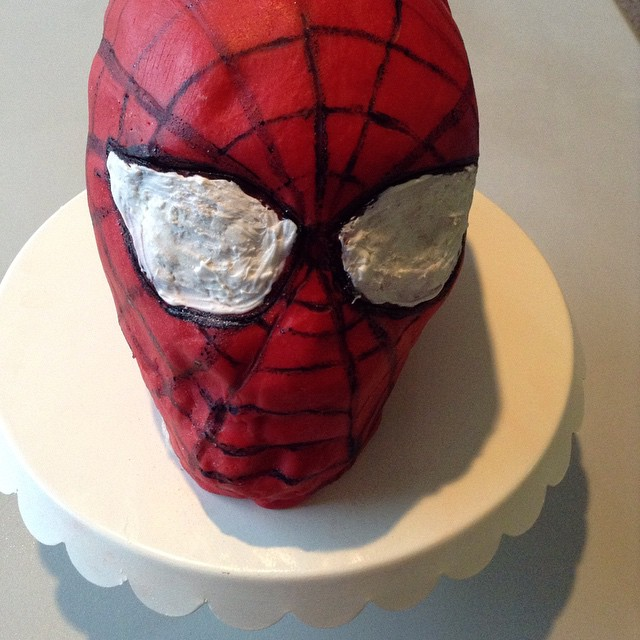 Spider-Man Cake by zaythar