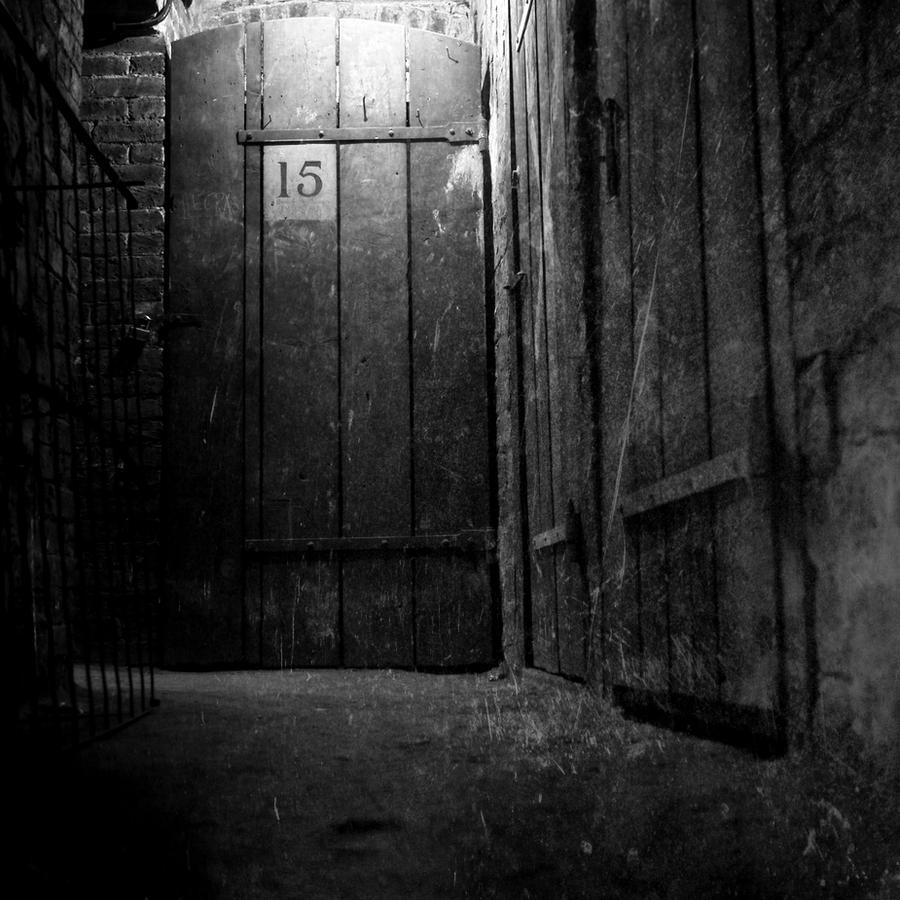 Fifteen underground by burzinski