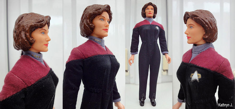 Customized Captain Janeway by BarbaraPommerenke