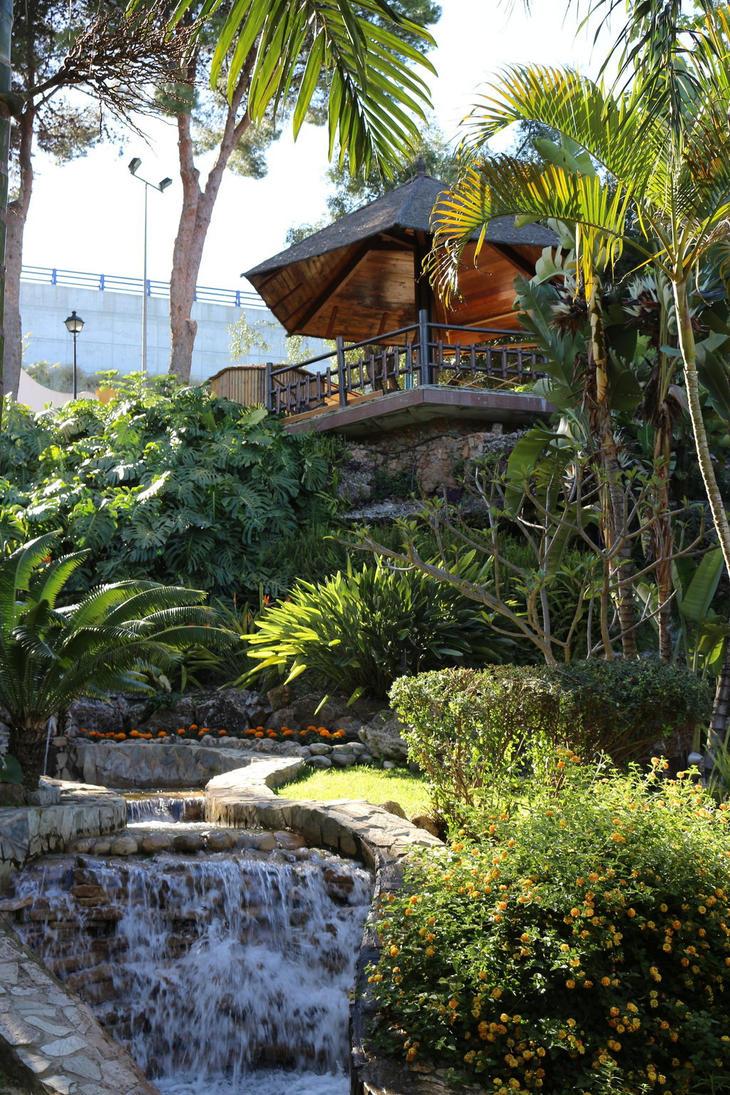 Xnimexddicted laura deviantart for Jardin botanico torremolinos