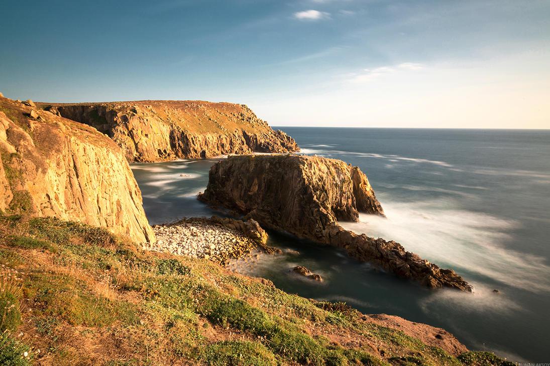 Cliffs by dynamick