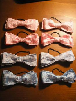 Flowery silky bows