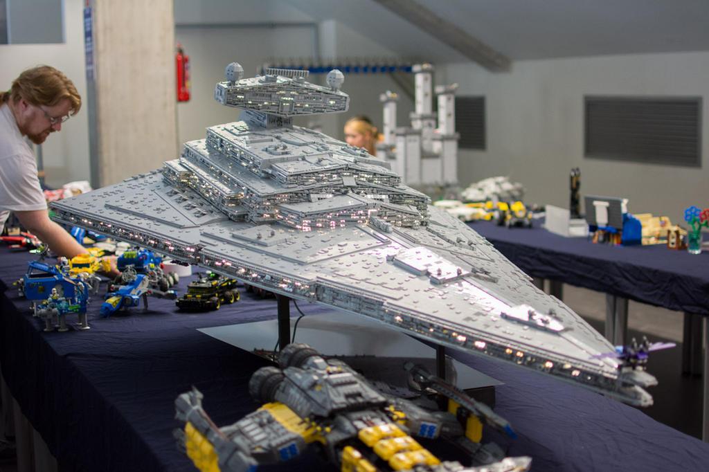 Star Destroyer Chimaera on MFKiG 2014 by Scharnvirk