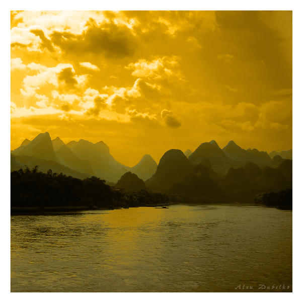 Golden Skies by Studio5