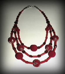 Red glass beads and crochet beads necklace by marsvar
