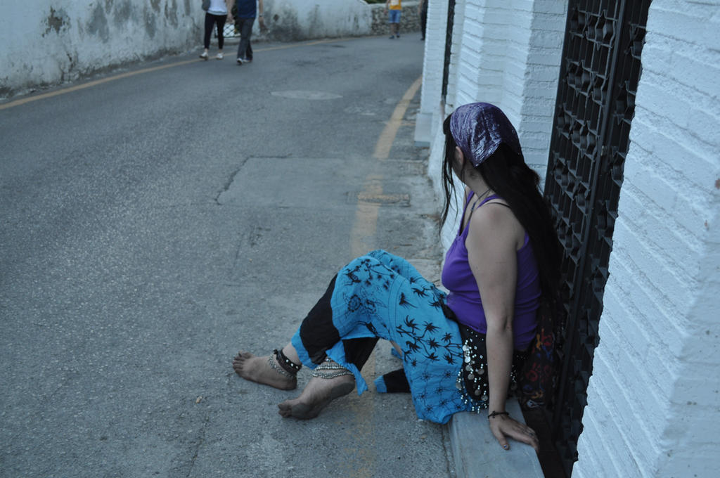 Barefoot gypsy girl in Sacromonte by GypsyBarefootCecilia