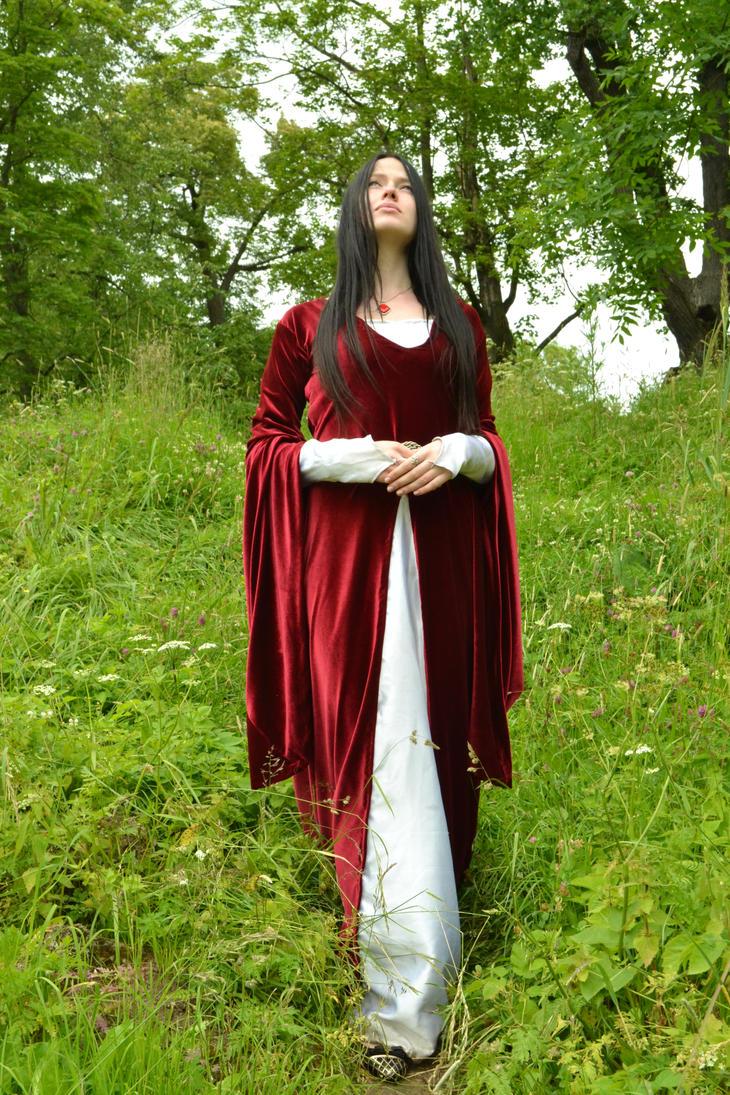 Lady by MorMelkor