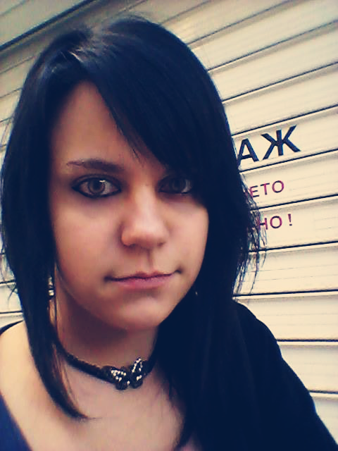 NEW ME (BLACK HAIR ^^) by XxsilvixX