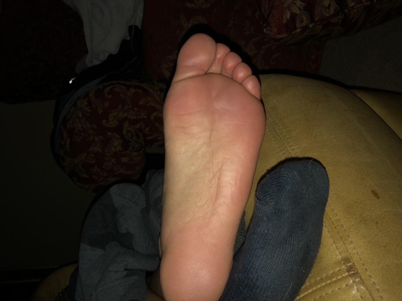 Mom feet story My Moms Feet By Qilffq On Deviantart
