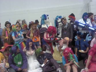BronyCON Summer 2012- SHED.MOV VS CUPCAKES by ZIMSULTIMATELUVA