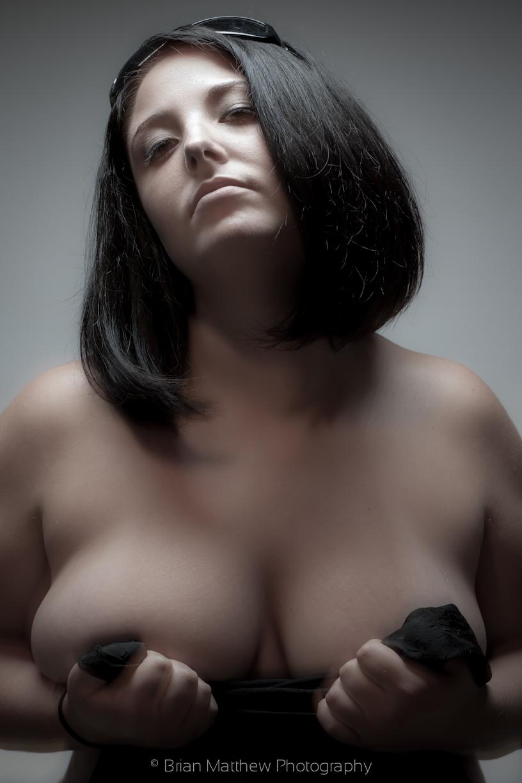 Full figure nude women photographs 7