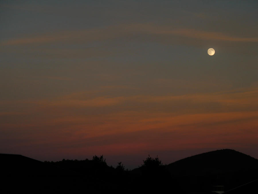 Moon rise by LuckyStock