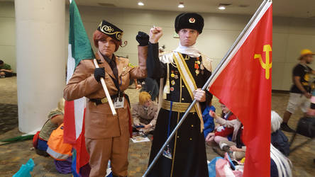 Otakon 2016: 2P Italy and Soviet Russia by Brassboy212