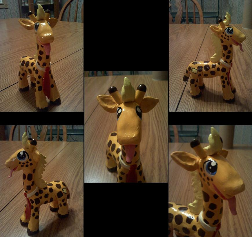 My Little Giraffe by Esca-Lutum