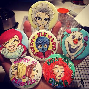Button commissions
